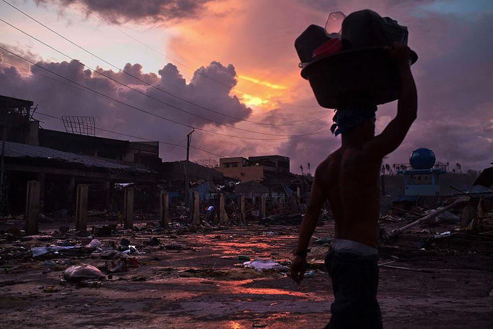 bestphotojournalism58 59 лучших работ фотожурналистов за 2013 год