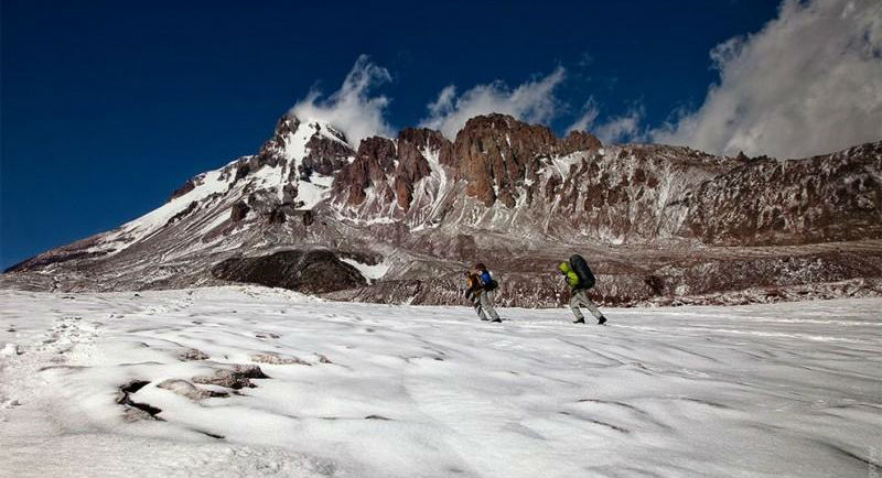 climbingkazbek45-800x513
