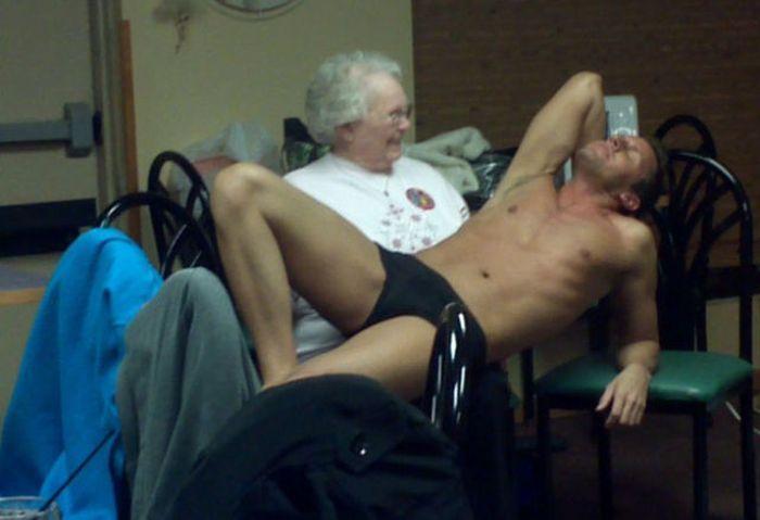 porno-video-vnuk-ebet-babku