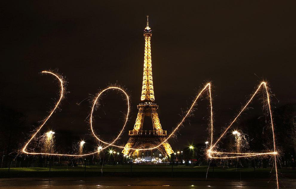 s n01 RTX16XI8 Салюты, пляжи и шампанское   как в мире встретили новый 2014 й год