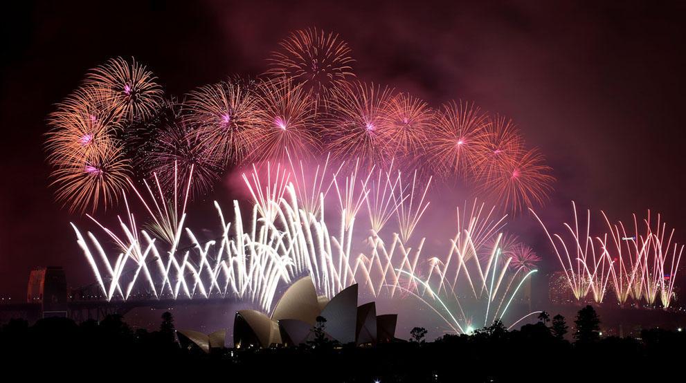 s n02 95504355 Салюты, пляжи и шампанское   как в мире встретили новый 2014 й год