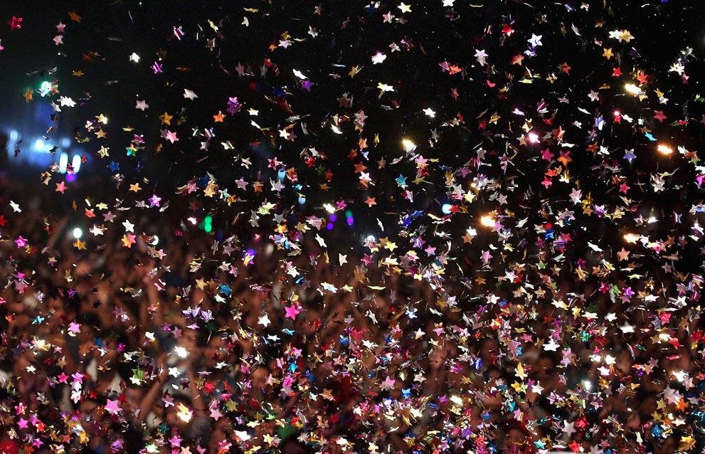 s n09 59819769 Салюты, пляжи и шампанское   как в мире встретили новый 2014 й год
