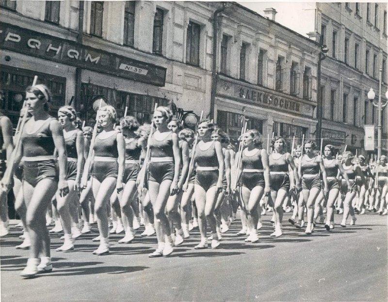 sovietgymnasts05 Спортсменки, комсомолки, красавицы 1930 х
