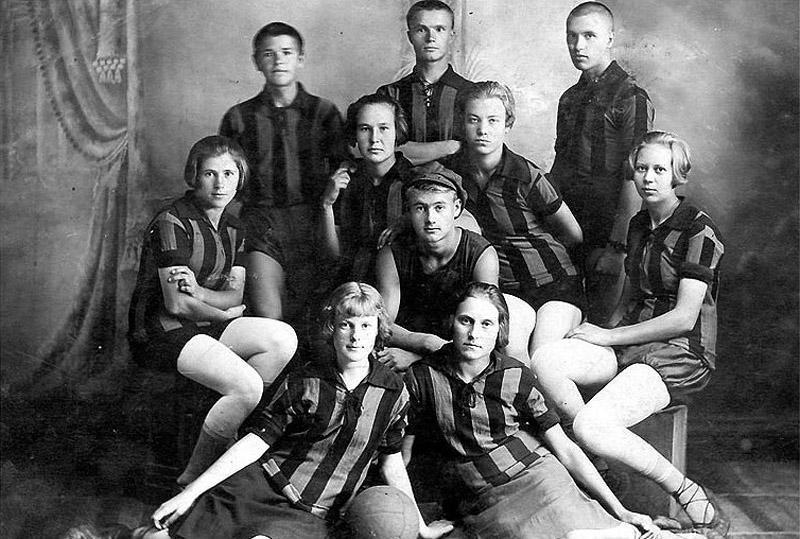 sovietgymnasts06 Спортсменки, комсомолки, красавицы 1930 х