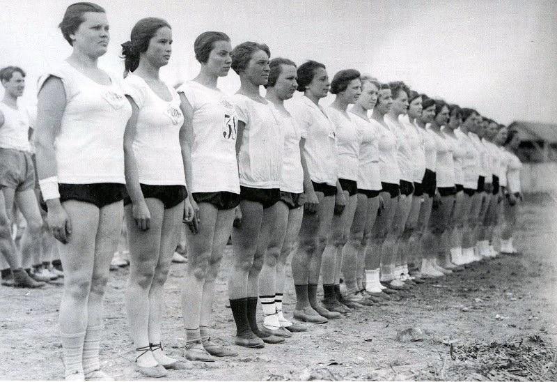 sovietgymnasts08 Спортсменки, комсомолки, красавицы 1930 х