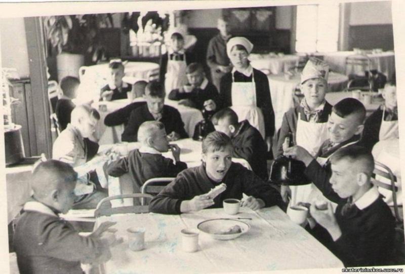 sovietschool08 Как проходила жизнь каждого советского школьника