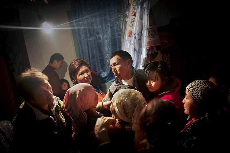 unholymatrimony02 Краденые невесты Кыргызстана