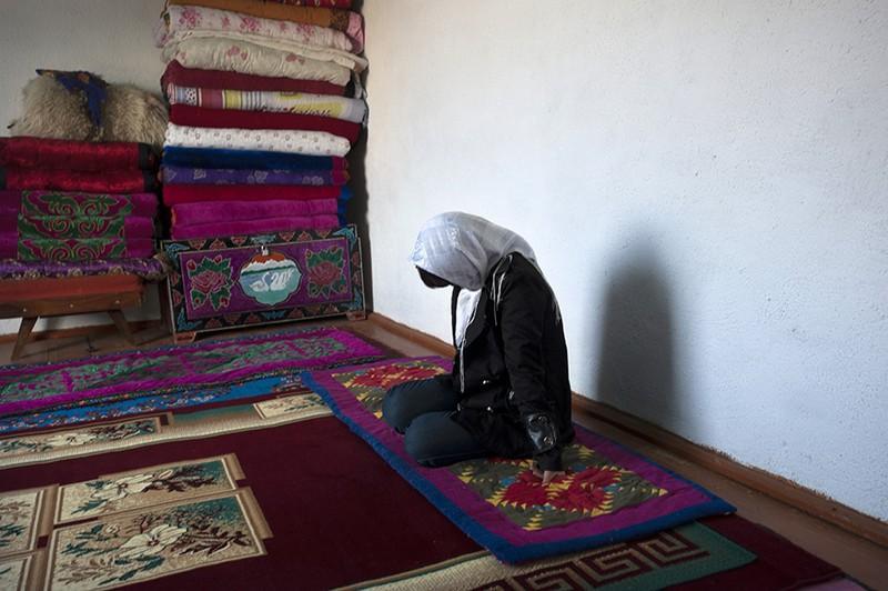 unholymatrimony04 Краденые невесты Кыргызстана