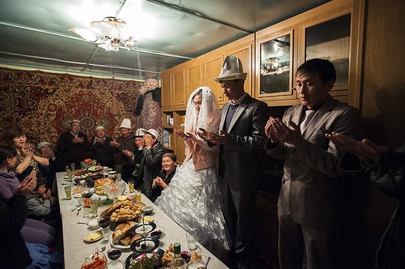 unholymatrimony10 Краденые невесты Кыргызстана