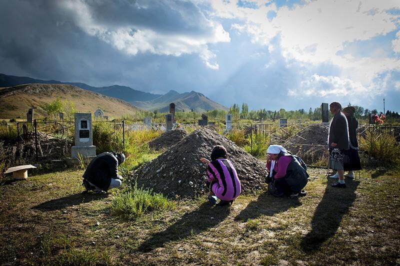 unholymatrimony12 Краденые невесты Кыргызстана