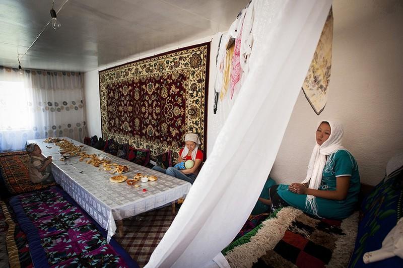 unholymatrimony20 Краденые невесты Кыргызстана