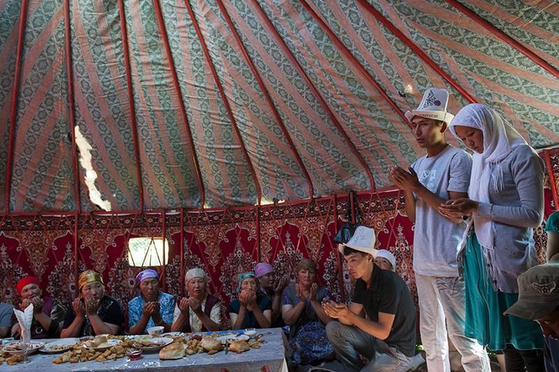 unholymatrimony21 Краденые невесты Кыргызстана