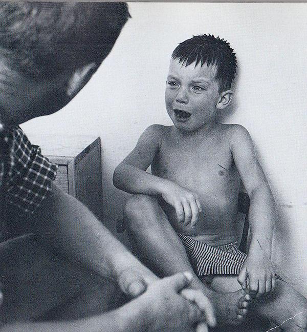 1343483861 8 Самые выразительные детские фотографии Эстер Бабли