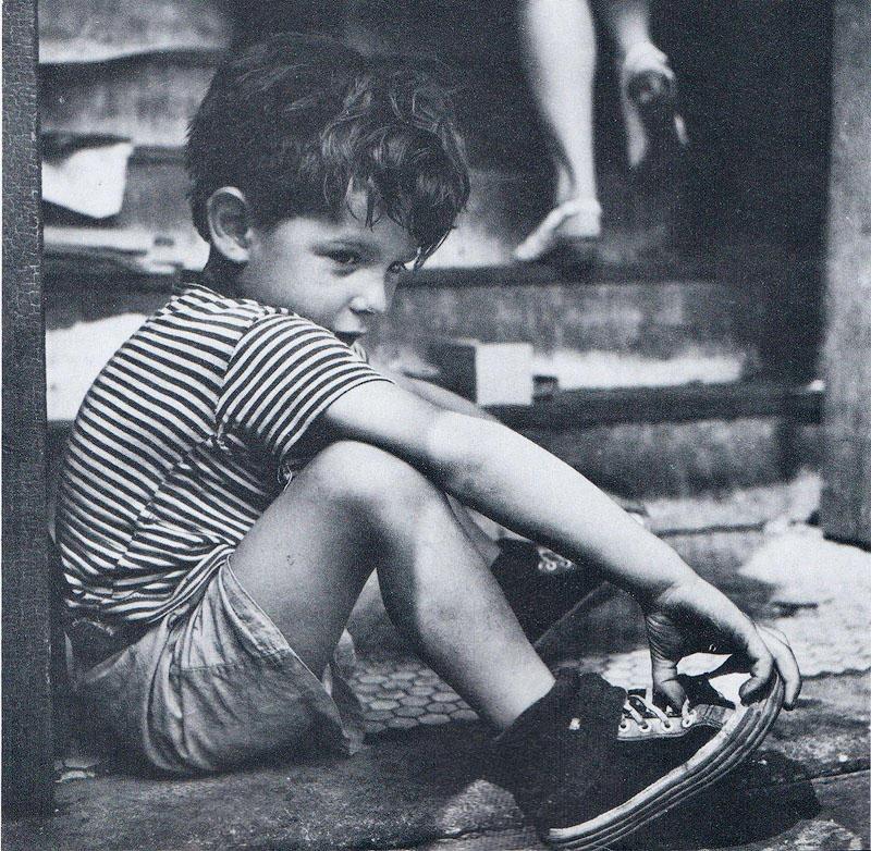 1343483931 12 Самые выразительные детские фотографии Эстер Бабли