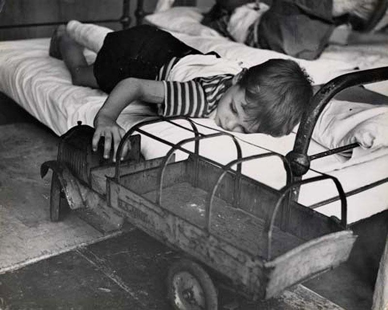 640x6707 Самые выразительные детские фотографии Эстер Бабли