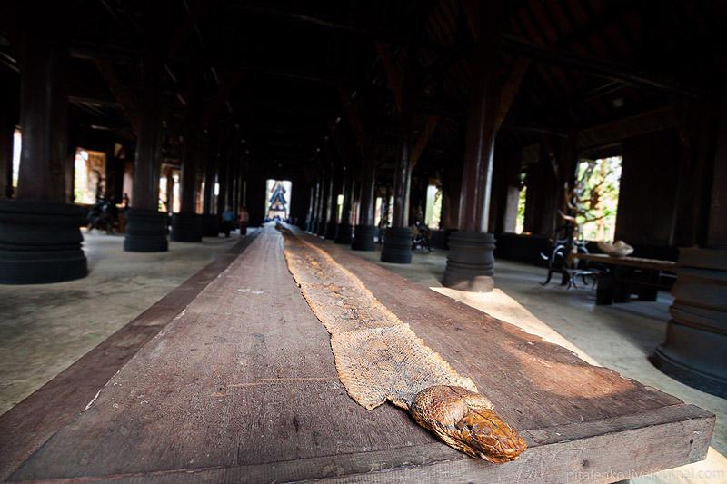 BaanSiDum06 Храм смерти. Черный дом Baan Si Dum. Северный Таиланд