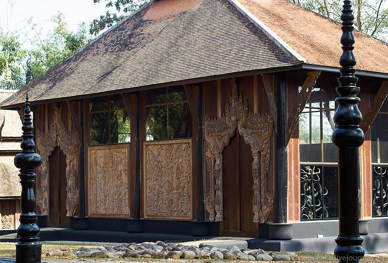 BaanSiDum15 Храм смерти. Черный дом Baan Si Dum. Северный Таиланд