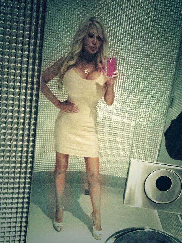 blondie02 38 летняя женщина превращает себя в куклу Барби