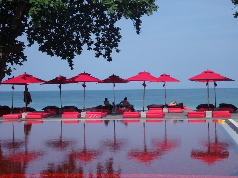pools03 10 самых невероятных бассейнов в отелях мира