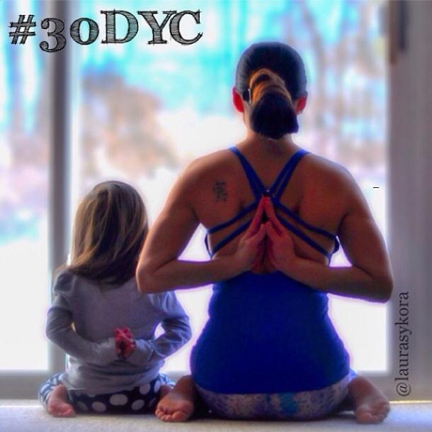 2014 3 12 11 44 20 Instagram недели: Занятия йогой мамы и дочки покорили мир