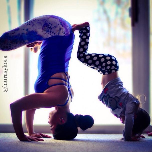 2014 3 12 11 44 47 Instagram недели: Занятия йогой мамы и дочки покорили мир