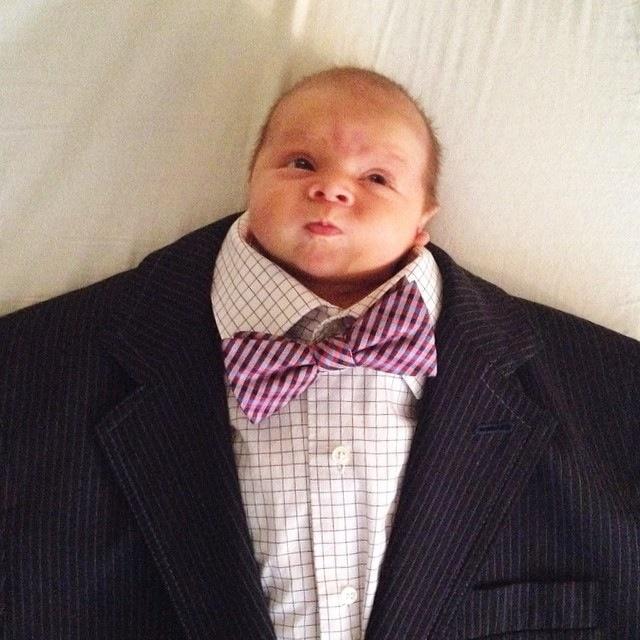BabiesinSuits07 Инстаграм недели: Смешные малыши в одежде взрослых