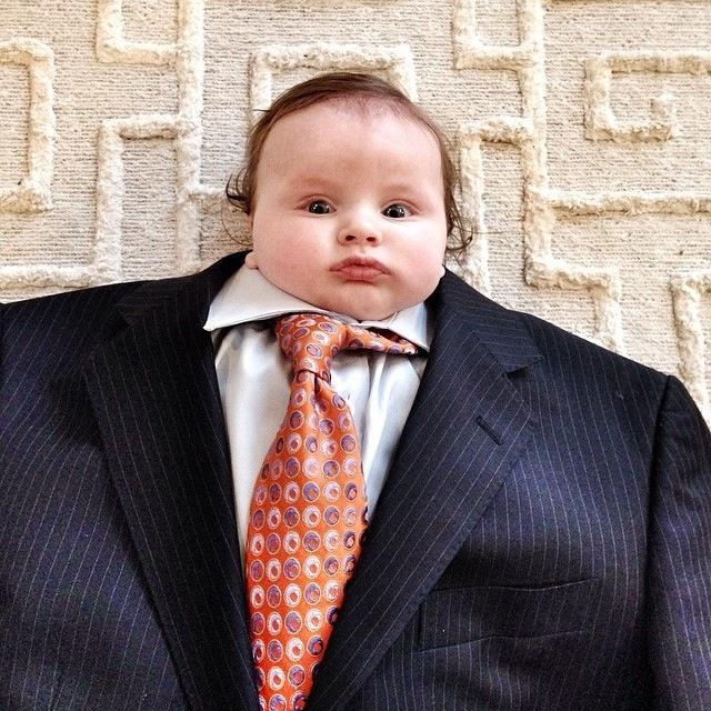 BabiesinSuits13 Инстаграм недели: Смешные малыши в одежде взрослых