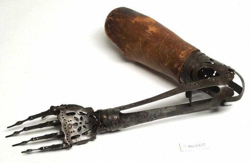 Medicals16 Медицинские инструменты прошлого   орудия пыток или спасительный круг