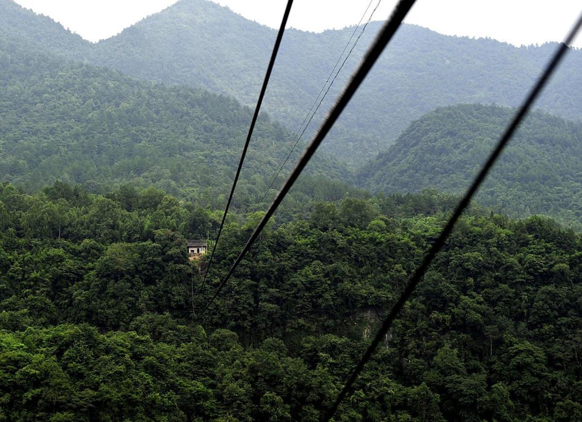 Опасный путь в горную деревню