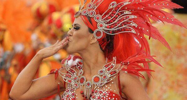 20 ярких кадров карнавалов со всегосвета