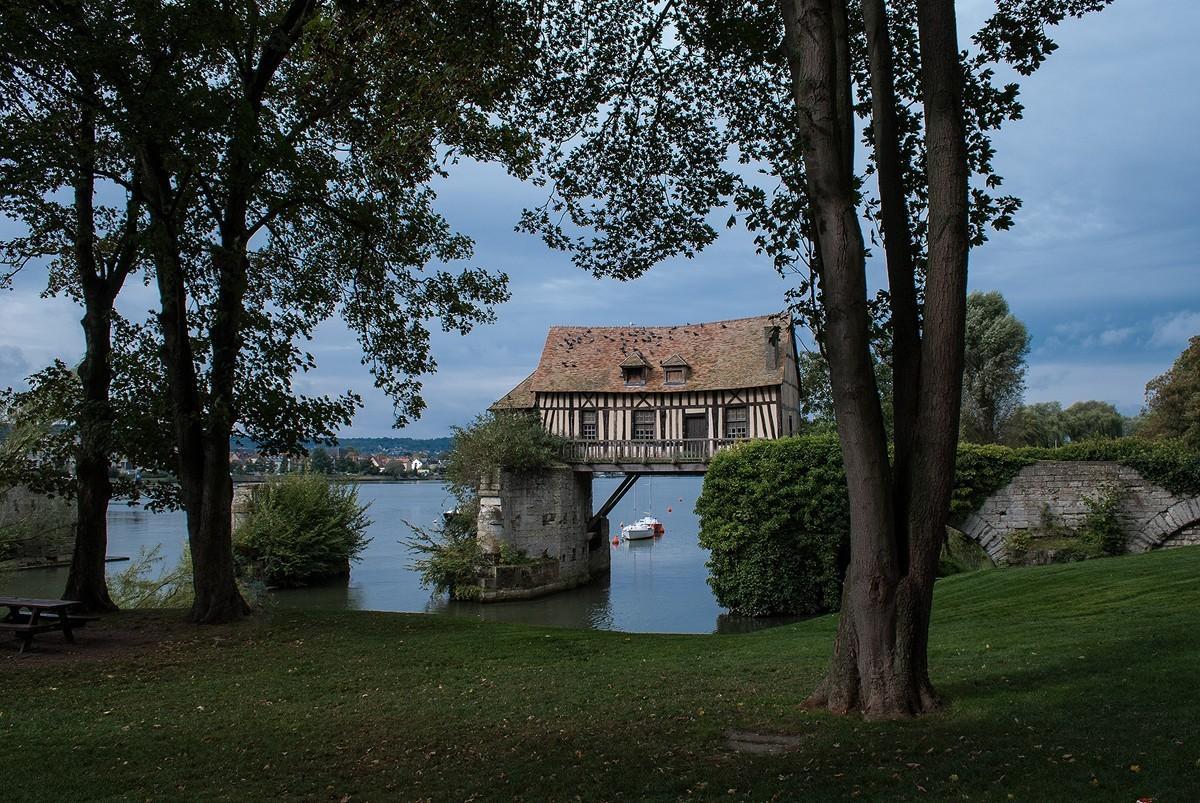 bridgehouse03 Понты на воде