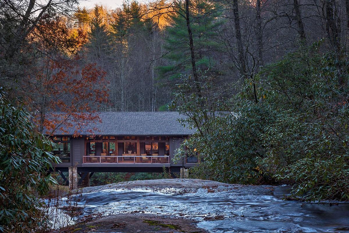 bridgehouse17 Понты на воде