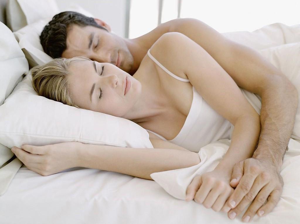 видеть во сне как обнимает рыжий парень поводу шерстяного термобелья