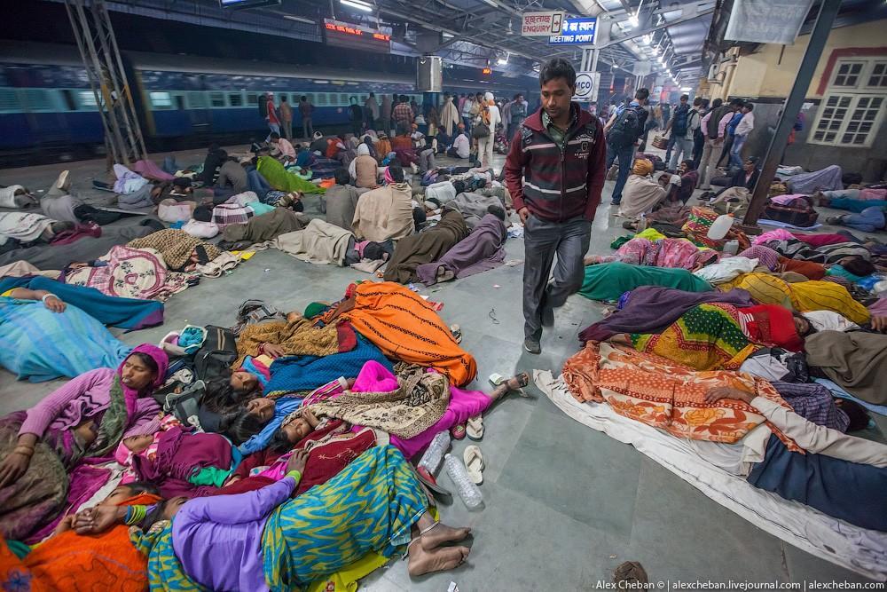indiantrain01 Общий вагон индийского поезда