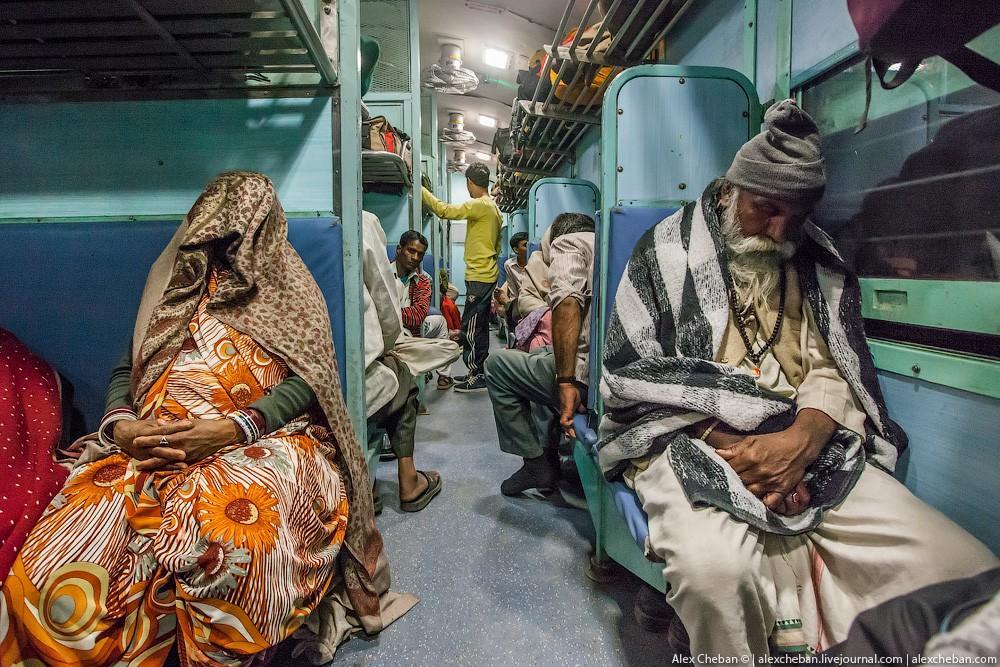 indiantrain18 Общий вагон индийского поезда