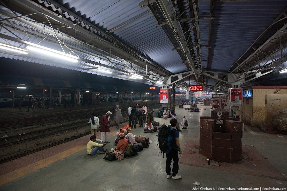 indiantrain26 Общий вагон индийского поезда