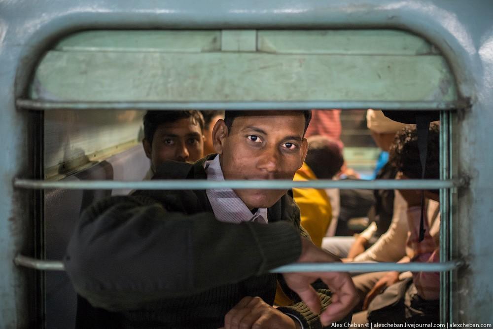 indiantrain31 Общий вагон индийского поезда