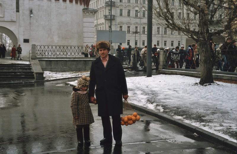 msk84 08 800x521 Москва и москвичи 30 лет назад