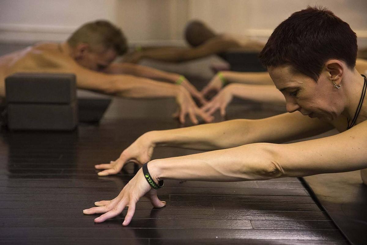 BoldnNaked07 Обнаженные йоги в Нью Йорке