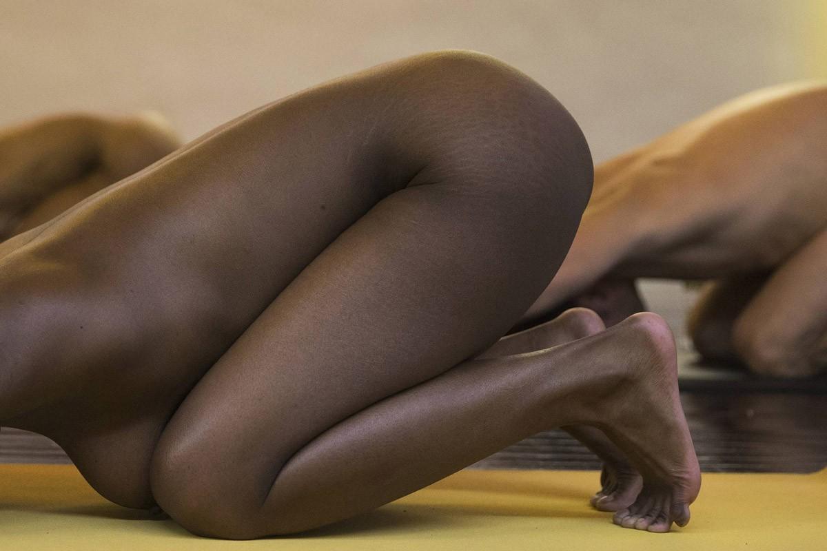 BoldnNaked10 Обнаженные йоги в Нью Йорке
