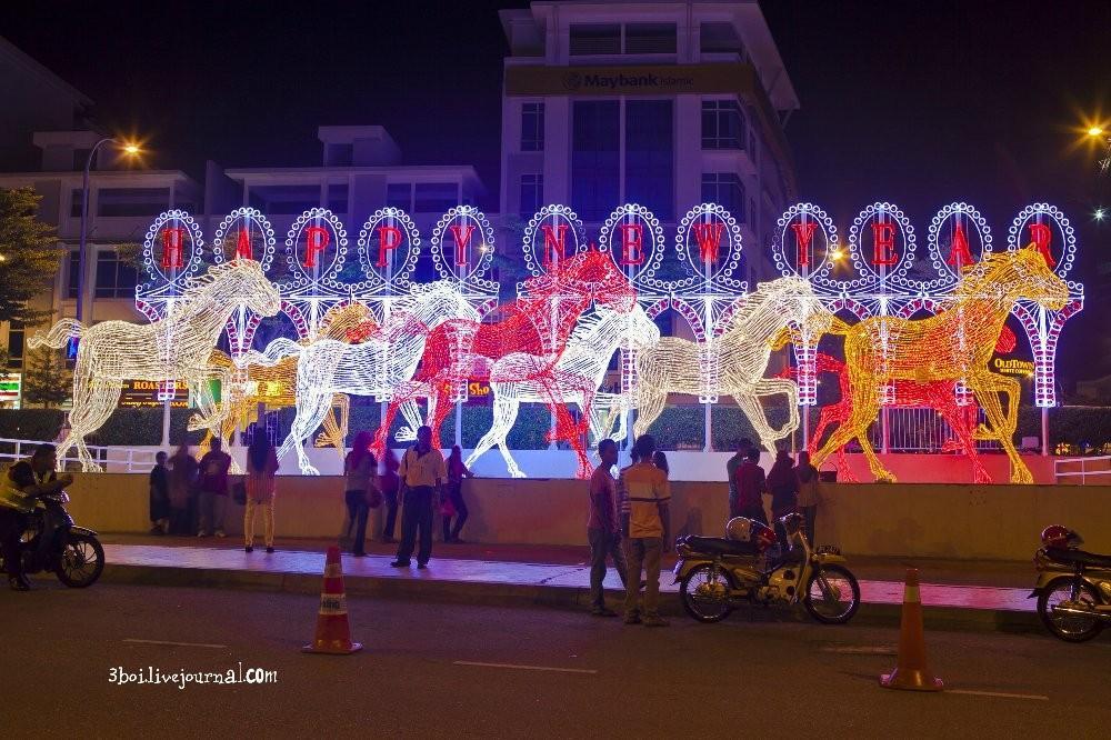 I City21 I City: светящийся сад в Малайзии