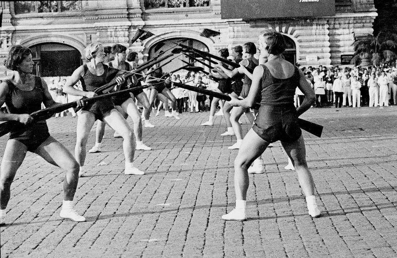 Ignatovich05 СССР 30 х и 40 х в знаковых работах Бориса Игнатовича