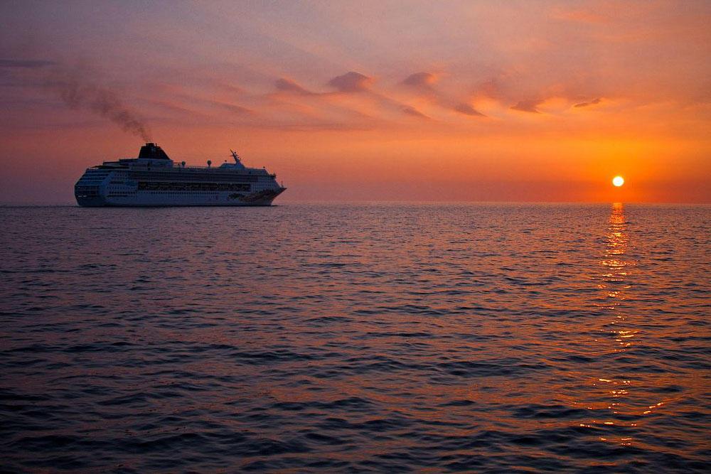 The World22 The World: путешествие на круизном лайнере не выходя из дома