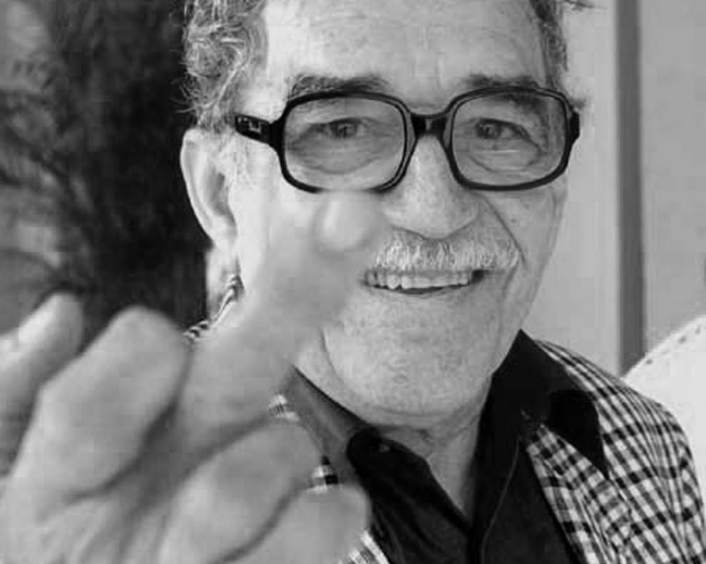 11.У меня был спор с профессорами литературы на Кубе. Они говорили: «Сто лет одиночества» — необычайная книга, но она не предлагает решения». Для меня это догма. Мои книги описывают ситуации, они не должны предлагать решений.