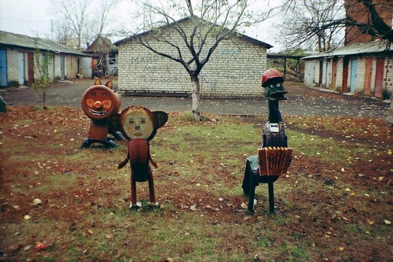 Пост психоделических детских площадок