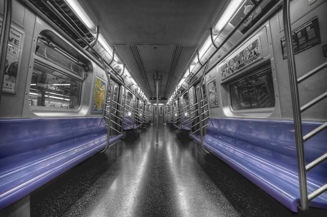 subwaywagons03 - Как выглядят вагоны метро разных стран и эпох