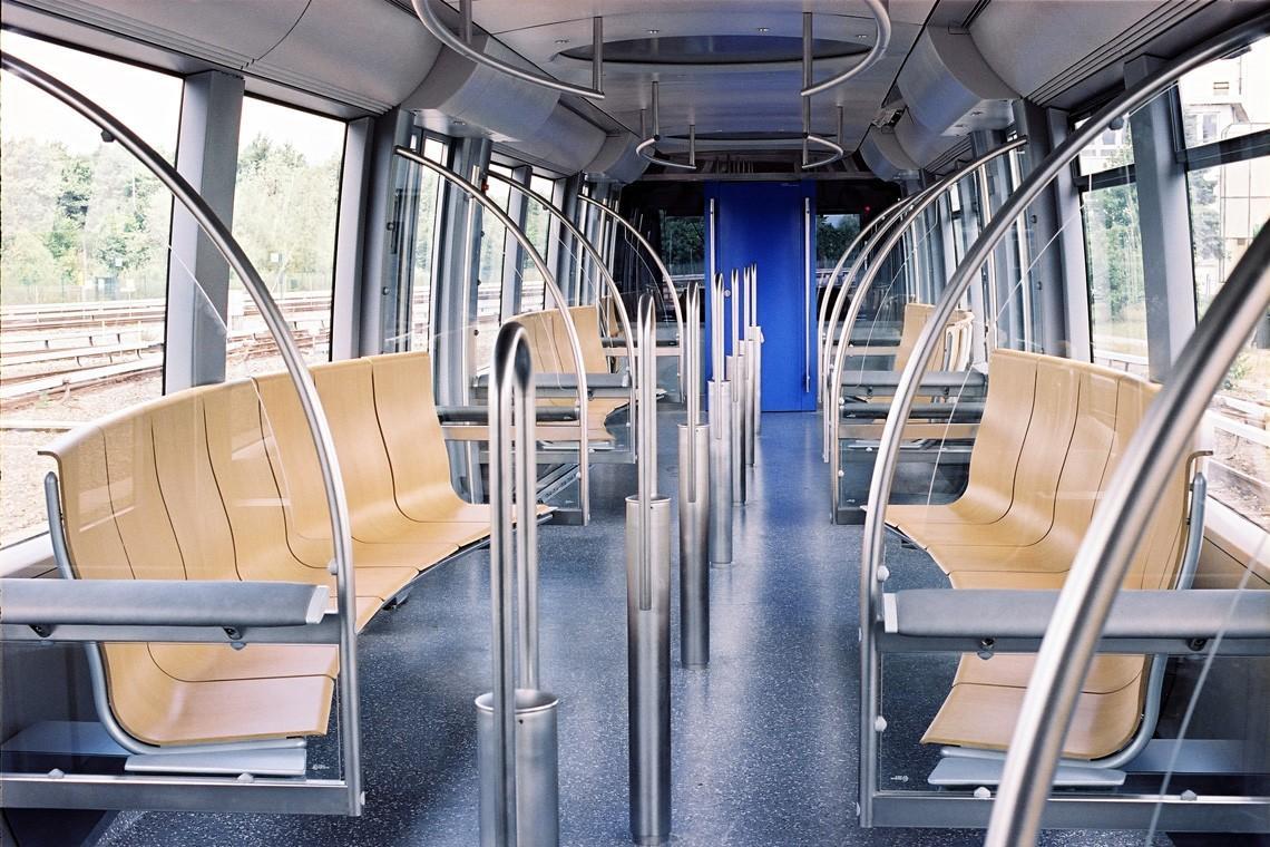 subwaywagons04 - Как выглядят вагоны метро разных стран и эпох