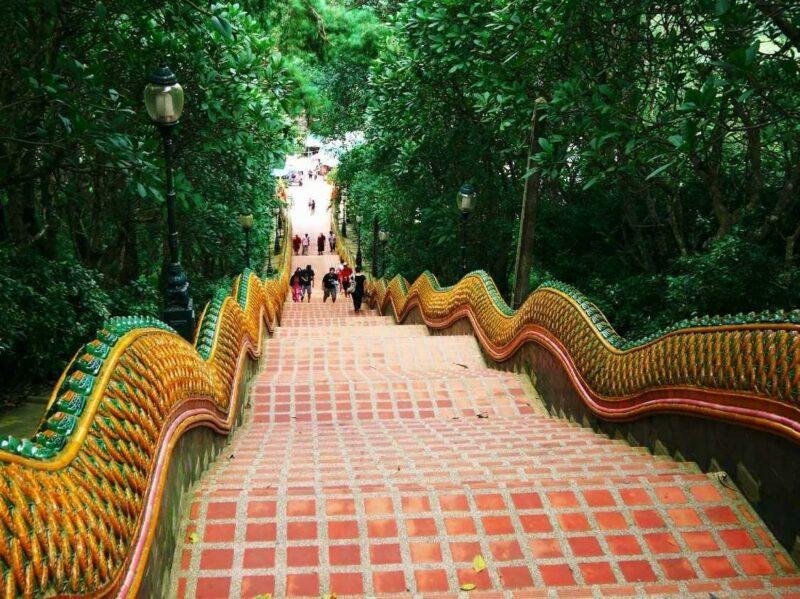 tourism24 800x599 Топ 25 популярных туристических направлений 2014 года