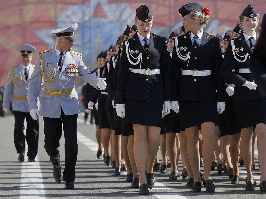 Новым 2012, кадеты в смешных картинках