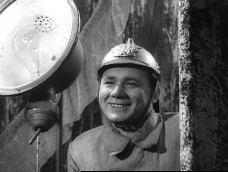 1strolespt1 17 Любимые советские актеры. Первые роли в кино. Часть 1